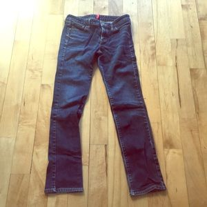 Uniqlo Jeans; rarely worn; straight; middle rise